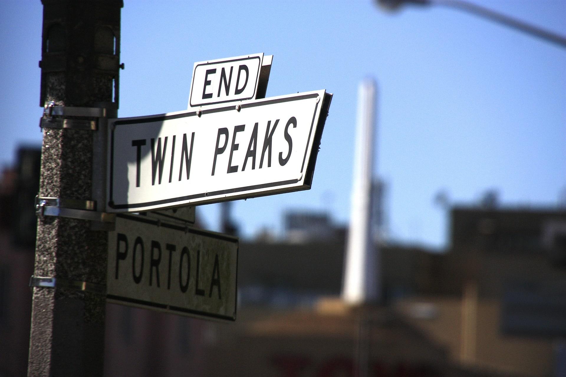 Twin Peaks Model